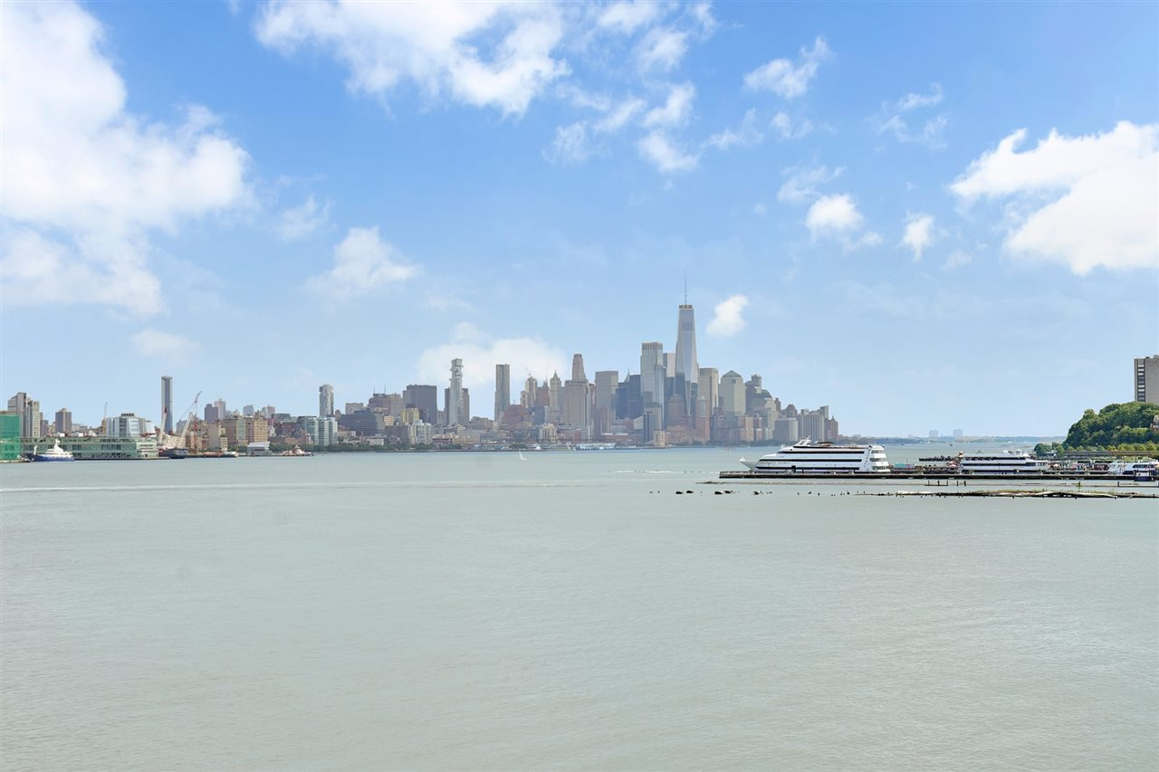 600 HARBOR BLVD 1122, Weehawken, NJ 07086