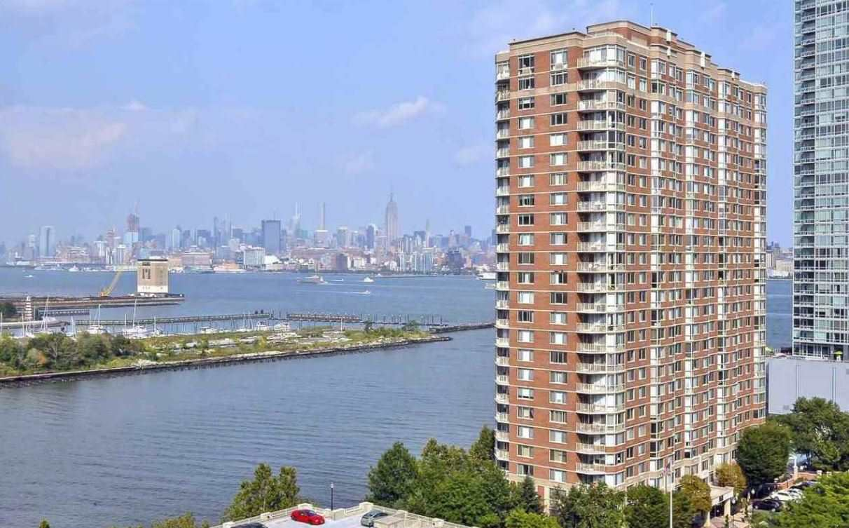 Sophisticated waterfront living in downtown Jersey City. This bright 1 bed / 1 bath home offers Manhattan views through south facing floor-to-ceiling windows. Luxurious living space with brand new ss refrigerator + dishwasher, granite countertops, washer/dryer, and maple hardwood floors. Walk-in closet and a deeded parking spot complete this picture-perfect home. Enjoy the resort-like amenities at The Mandalay, including fitness center, heated pool, BBQ area, private park and more. Minutes walk to light rail, Exchange Place & Newport PATH.