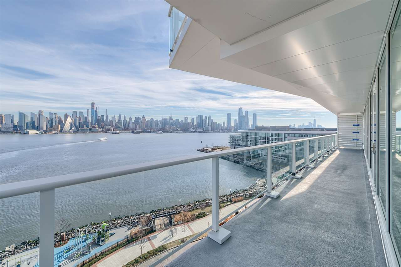 800 AVENUE AT PORT IMPERIAL 705, Weehawken, NJ 07086