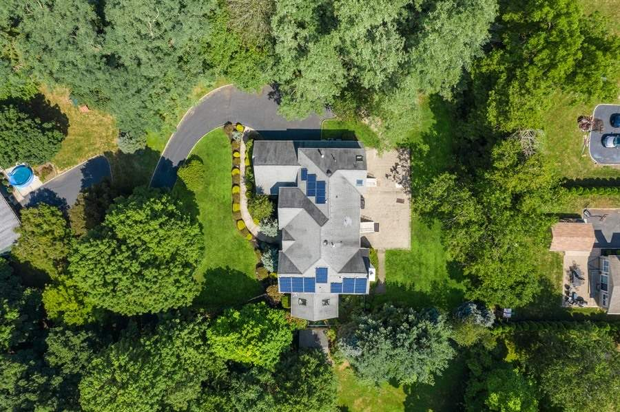 210 STIRLING ROAD, WATCHUNG, NJ 07069