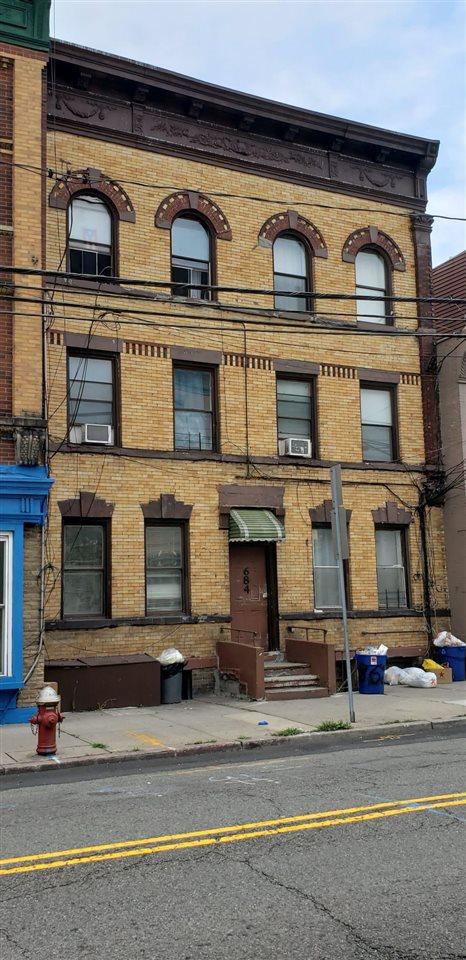 684 SUMMIT AVE, JC, Heights, NJ 07306