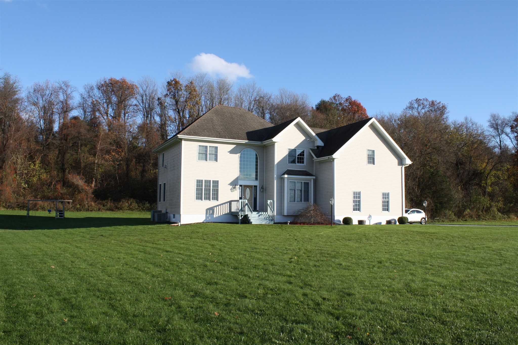 4962 Route 9g Red Hook Ny 12571 Listing 378020 By