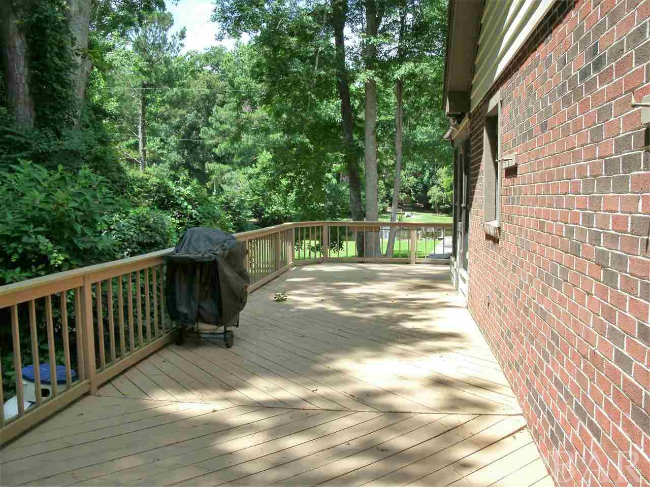72 Hickory Trail,Southern Shores,NC 27948,4 Bedrooms Bedrooms,3 BathroomsBathrooms,Residential,Hickory Trail,101027