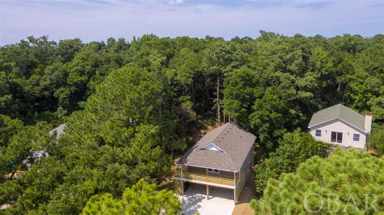 408 Colington Drive,Kill Devil Hills,NC 27948,3 Bedrooms Bedrooms,2 BathroomsBathrooms,Residential,Colington Drive,101272