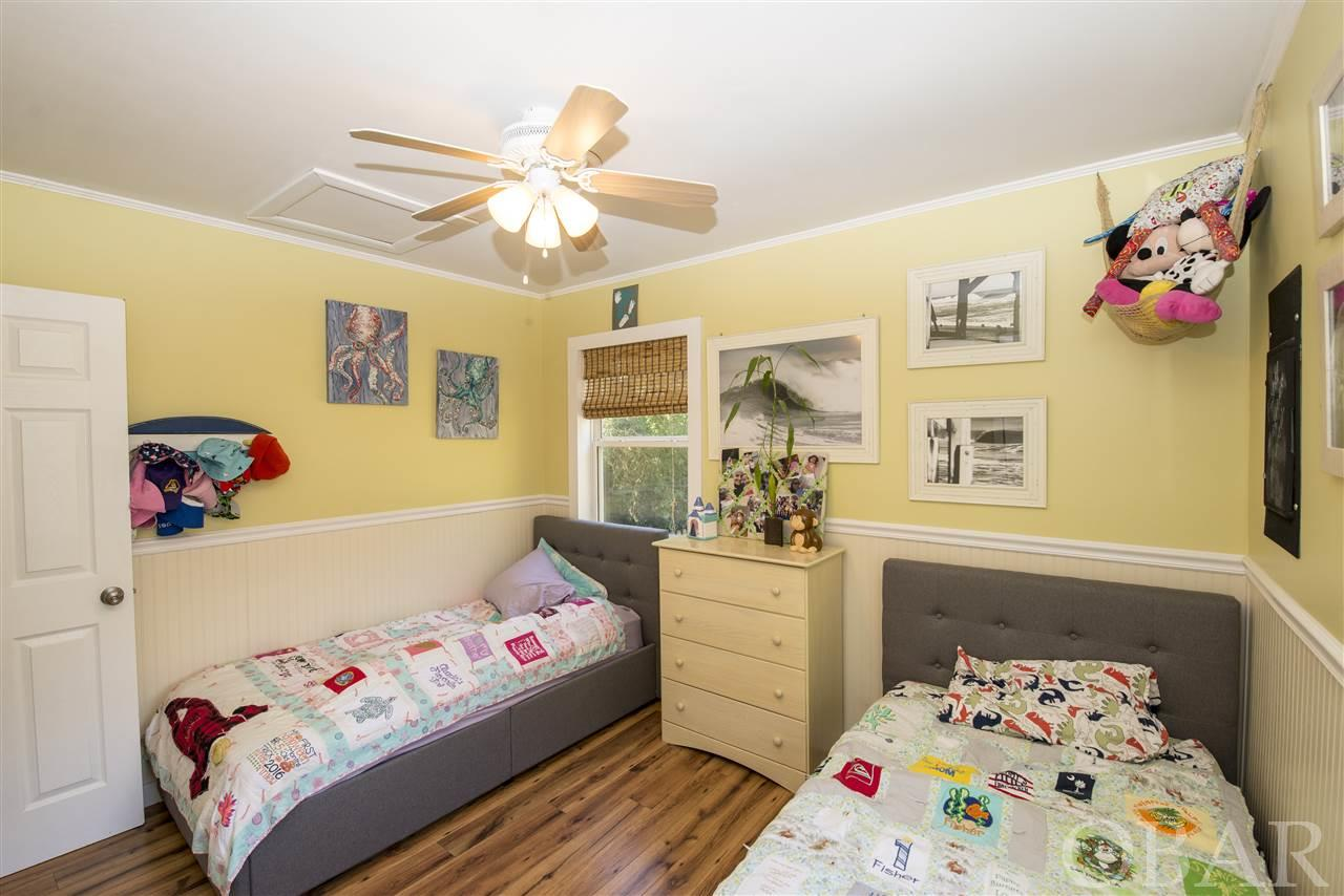 1811 Upper Dune Road,Kill Devil Hills,NC 27948,2 Bedrooms Bedrooms,1 BathroomBathrooms,Residential,Upper Dune Road,101389