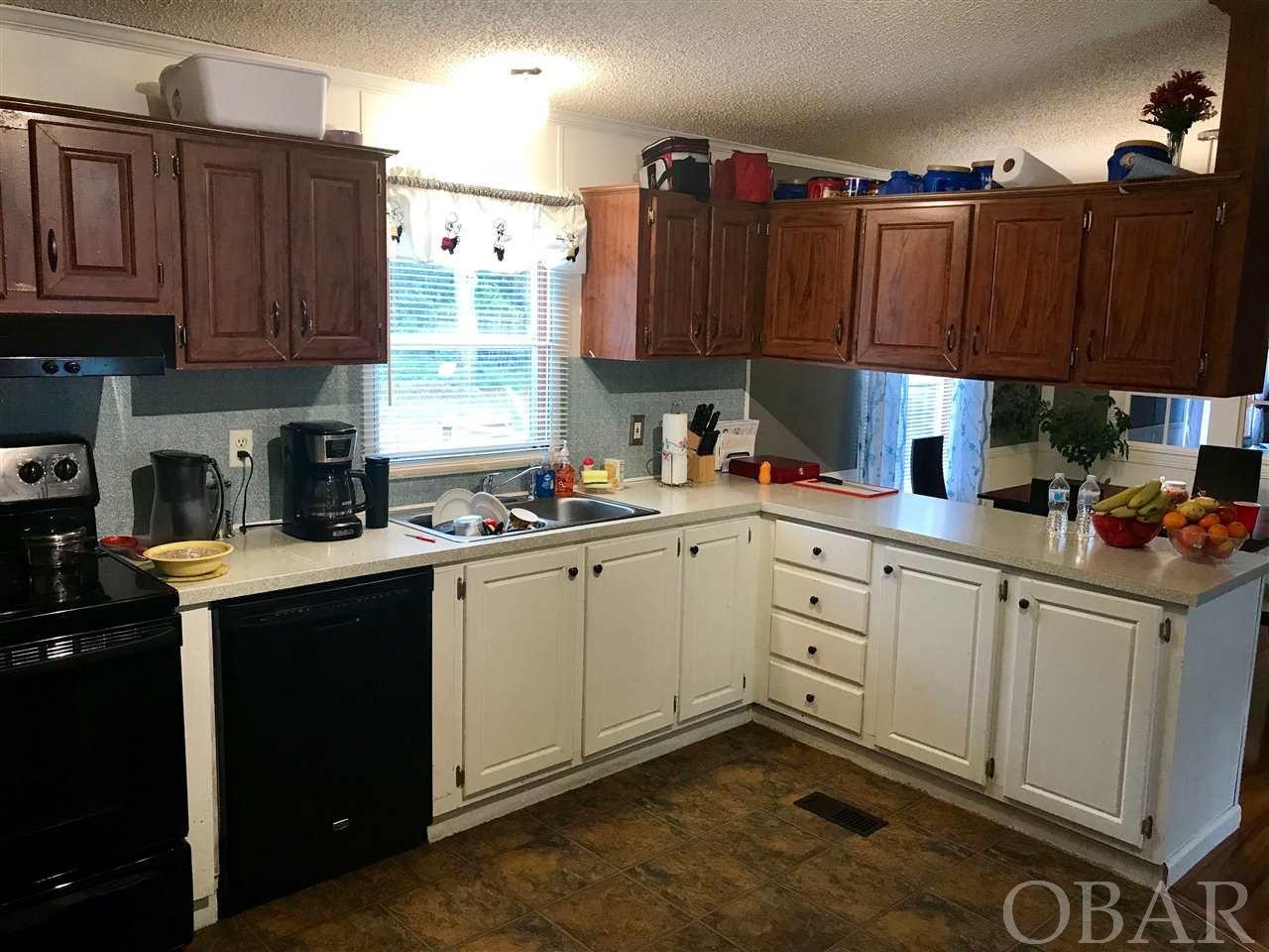 206 Mobile Road, Harbinger, NC 27941, 3 Bedrooms Bedrooms, ,2 BathroomsBathrooms,Residential,For sale,Mobile Road,102671