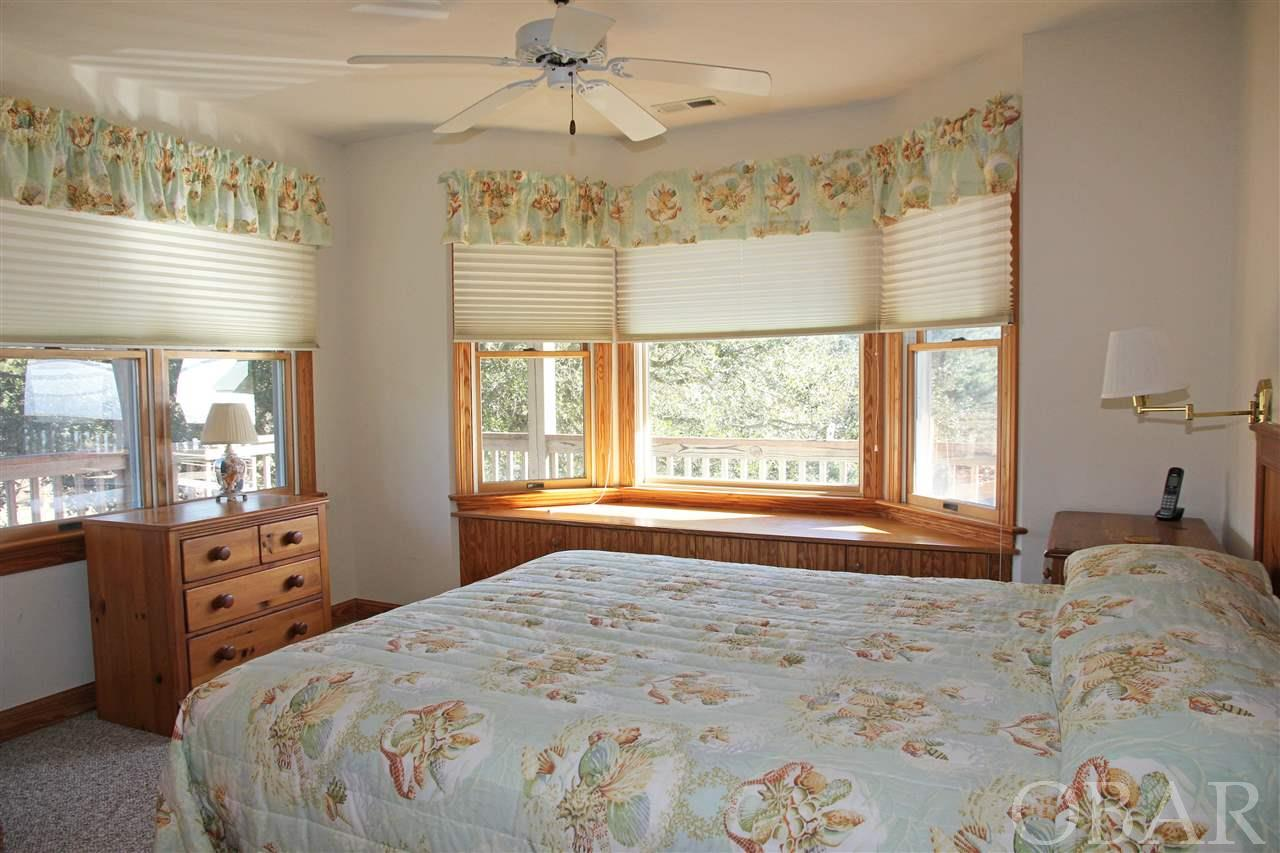17 Kingfisher Trail, Southern Shores, NC 27949, 5 Bedrooms Bedrooms, ,4 BathroomsBathrooms,Residential,For sale,Kingfisher Trail,103470