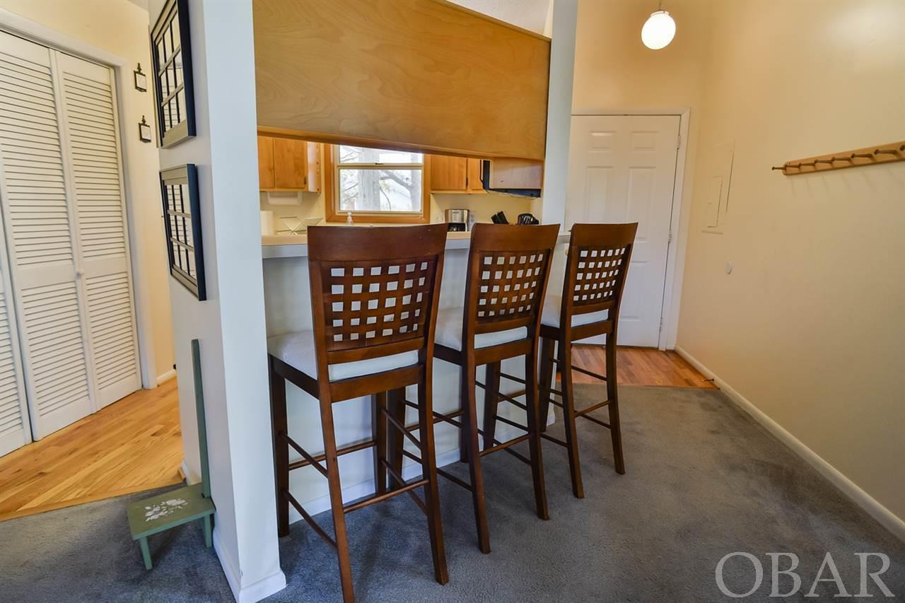 700 First Street, Kill Devil Hills, NC 27948, 1 Bedroom Bedrooms, ,2 BathroomsBathrooms,Residential,For sale,First Street,104121