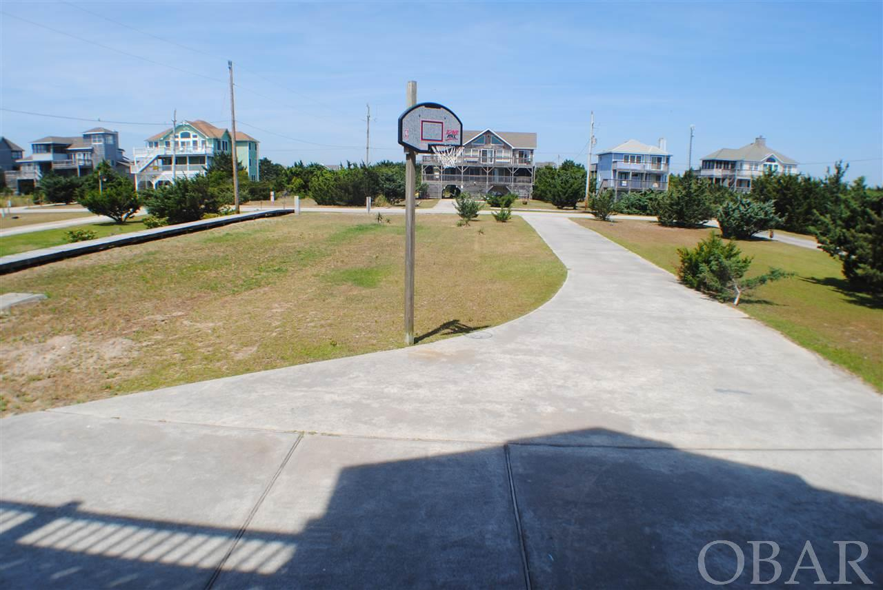 25275 Sea Vista Drive, Waves, NC 27982, 5 Bedrooms Bedrooms, ,5 BathroomsBathrooms,Residential,For sale,Sea Vista Drive,105305