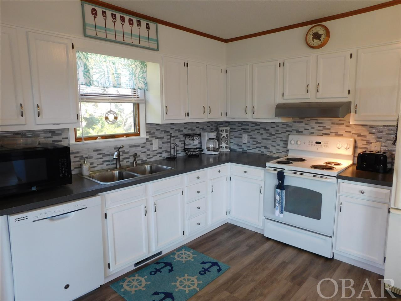 58208 Gray Eagle Road, Hatteras, NC 27943, 3 Bedrooms Bedrooms, ,2 BathroomsBathrooms,Residential,For sale,Gray Eagle Road,105863
