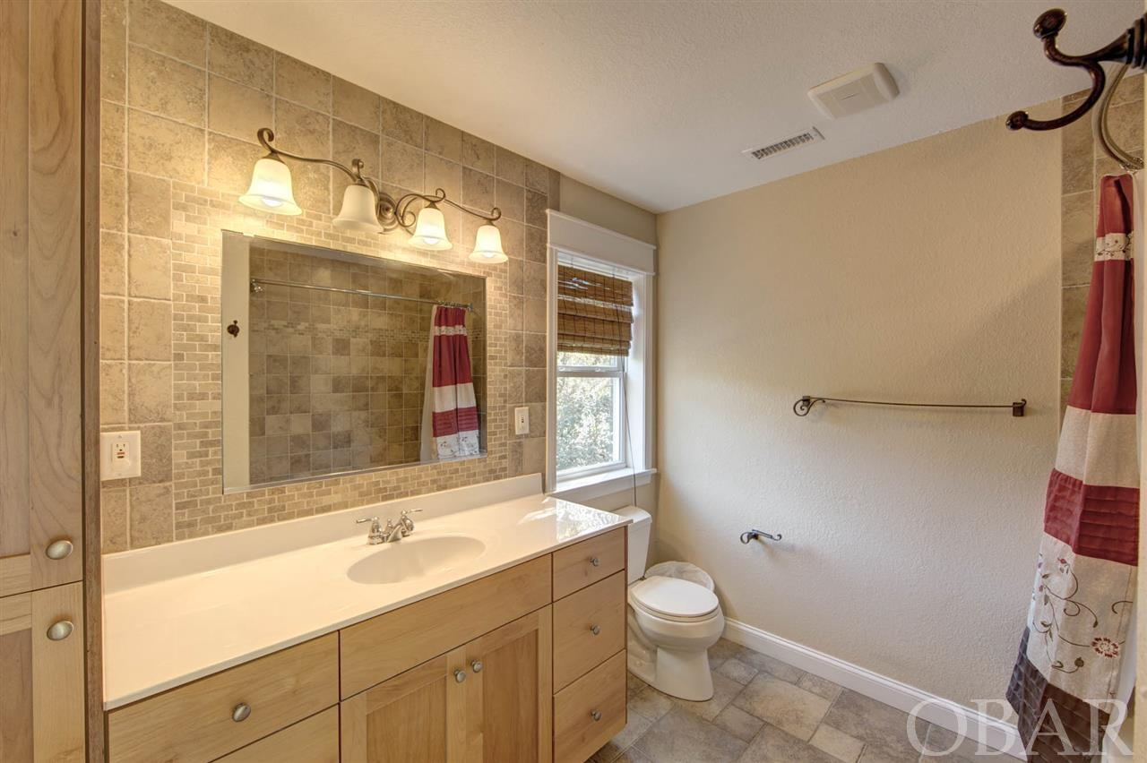280 Dogwood Trail, Southern Shores, NC 27949-3109, 5 Bedrooms Bedrooms, ,4 BathroomsBathrooms,Residential,For sale,Dogwood Trail,107133