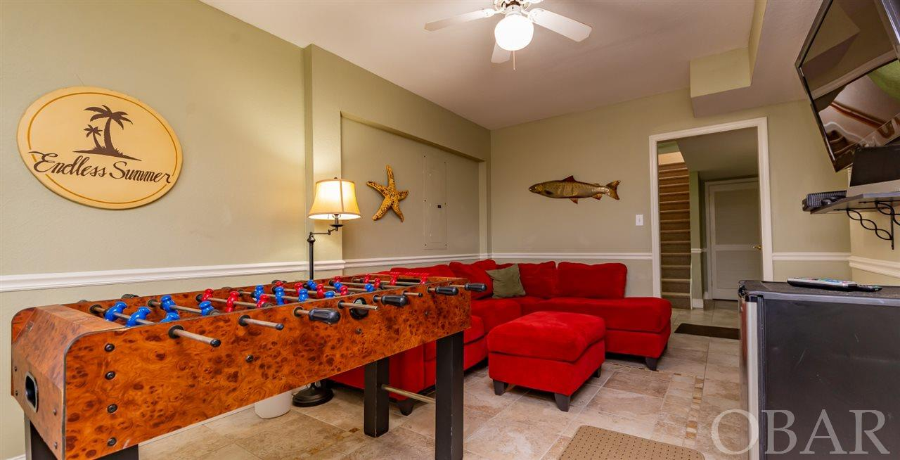 8235 Old Oregon Inlet Road, Nags Head, NC 27959, 7 Bedrooms Bedrooms, ,5 BathroomsBathrooms,Residential,For sale,Old Oregon Inlet Road,109621