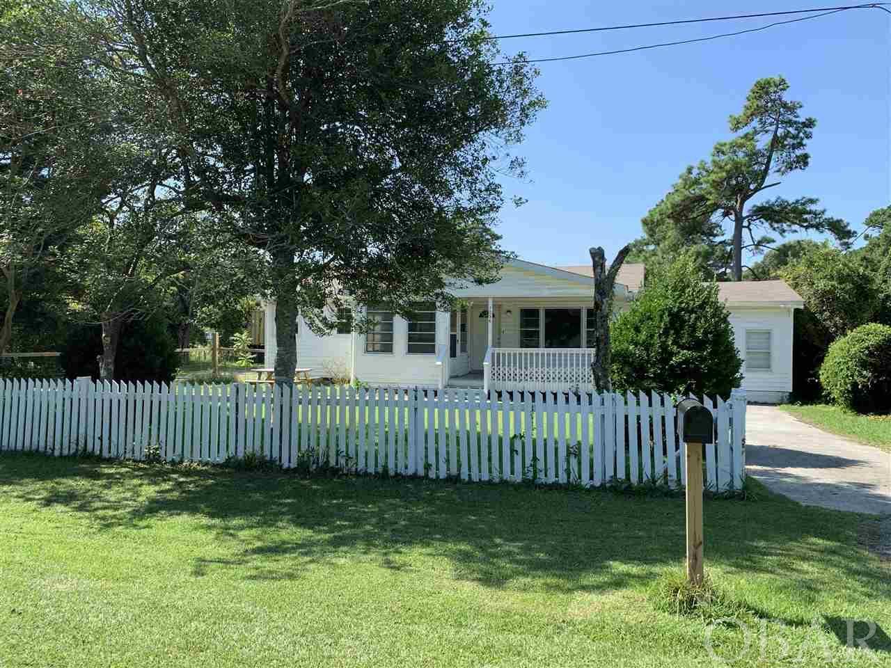 1036 George Daniels Road, Manteo, NC 27954