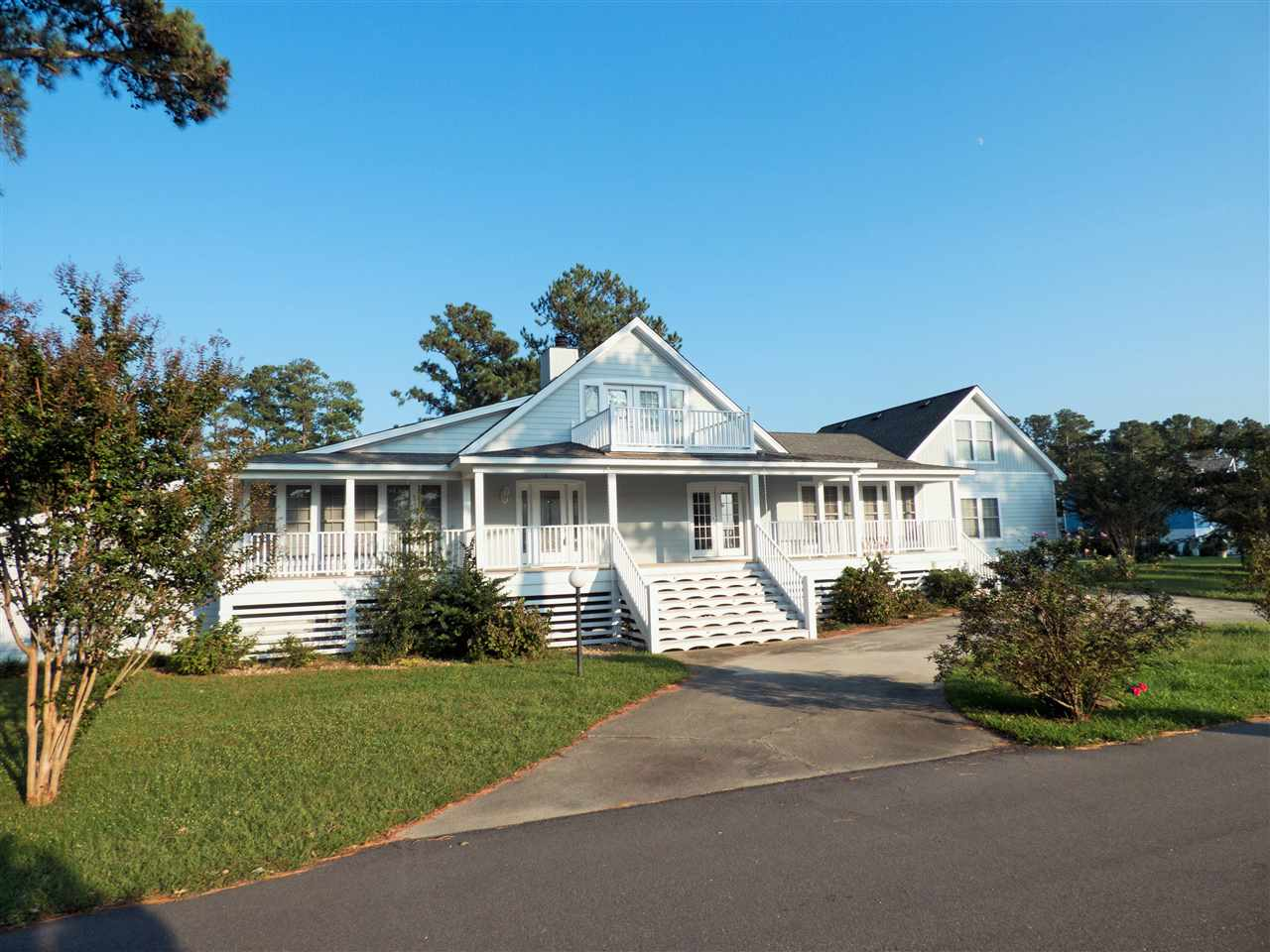 114 Bartow Drive, Manteo, NC 27954, 4 Bedrooms Bedrooms, ,3 BathroomsBathrooms,Residential,For sale,Bartow Drive,95625
