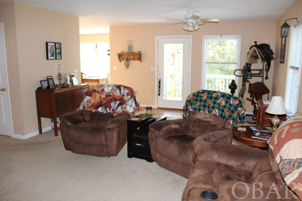 110 Lenwood Court,Kill Devil Hills,NC 27948,3 Bedrooms Bedrooms,2 BathroomsBathrooms,Residential,Lenwood Court,98079