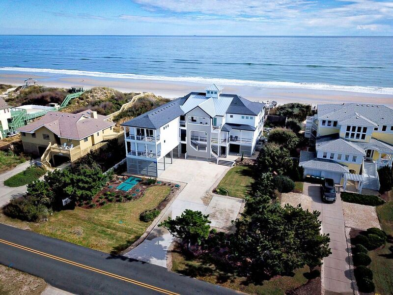 931 Lighthouse Drive, Corolla, NC 27927, 12 Bedrooms Bedrooms, ,13 BathroomsBathrooms,Residential,For sale,Lighthouse Drive,98417