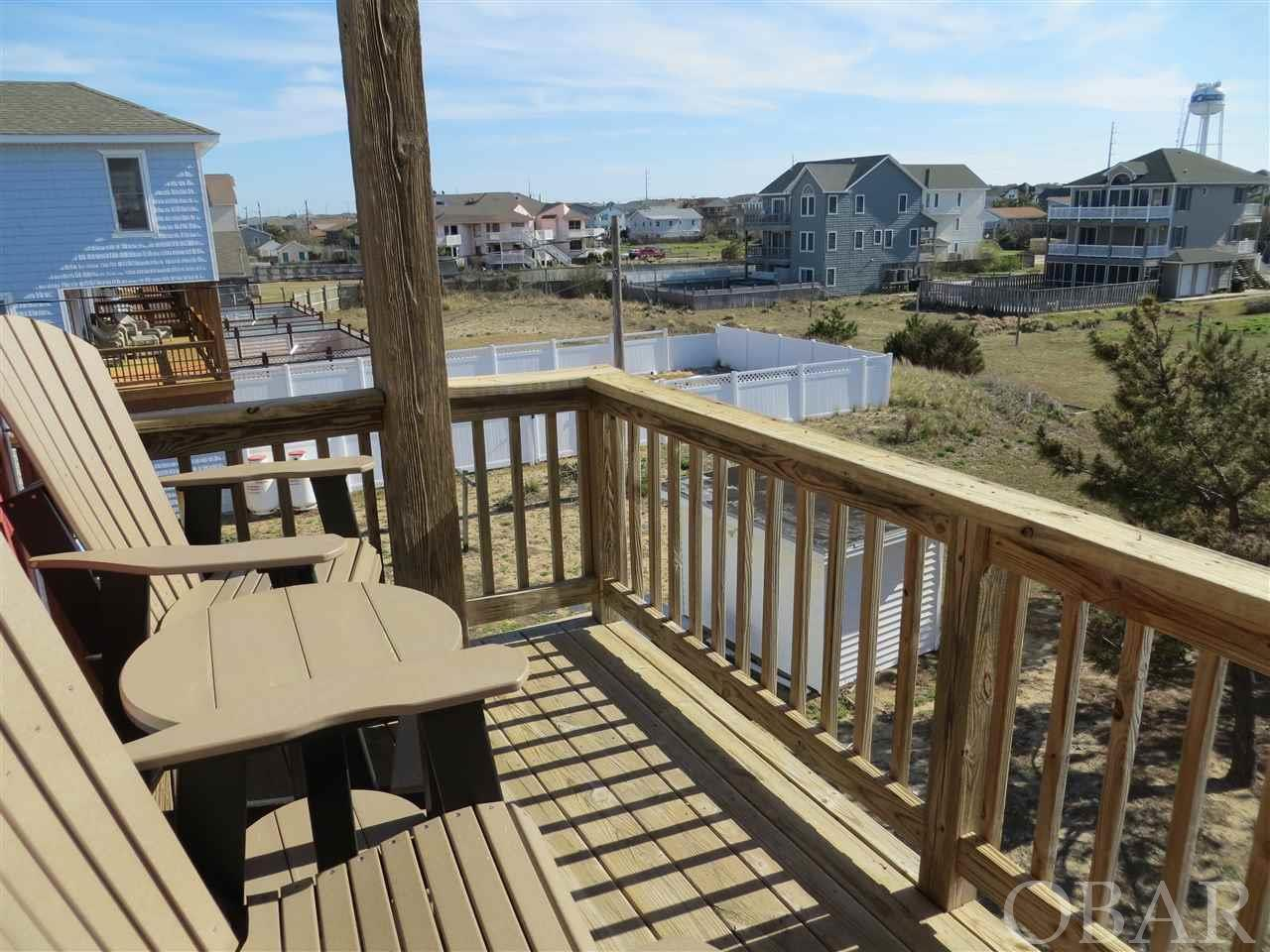 1726 Virginia Dare Trail,Kill Devil Hills,NC 27948,4 Bedrooms Bedrooms,3 BathroomsBathrooms,Residential,Virginia Dare Trail,99511
