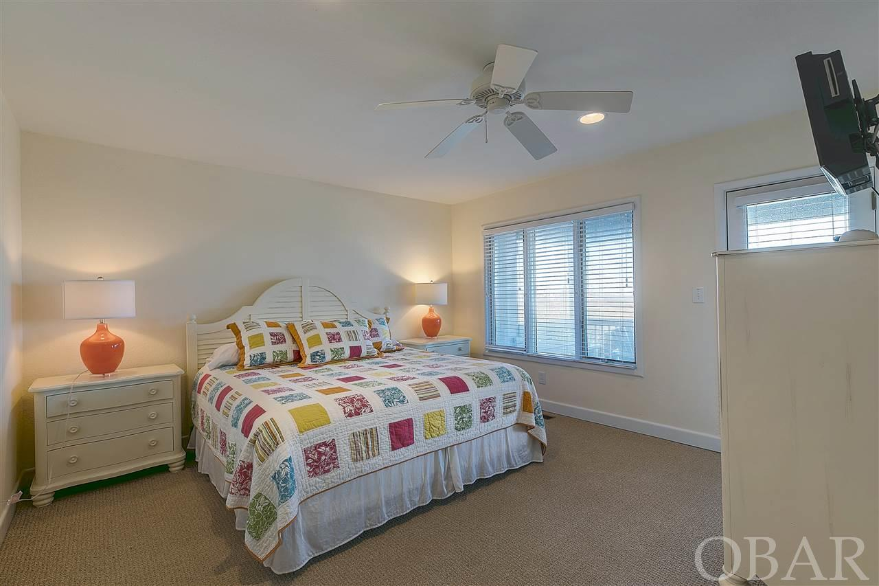 451 PIPSI POINT ROAD, COROLLA, NC 27927  Photo 12