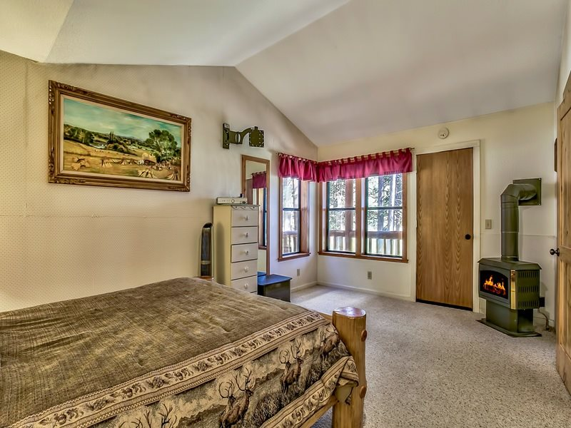 Additional photo for property listing at 804 Fiberboard Road Sierraville, California 96126 United States