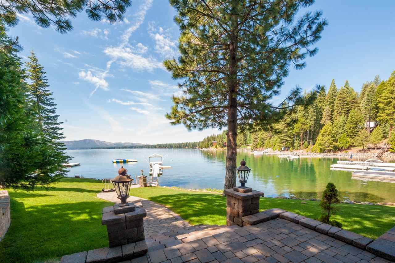 Additional photo for property listing at 632 Peninsula Drive 632 Peninsula Drive Lake Almanor, California 96137 United States