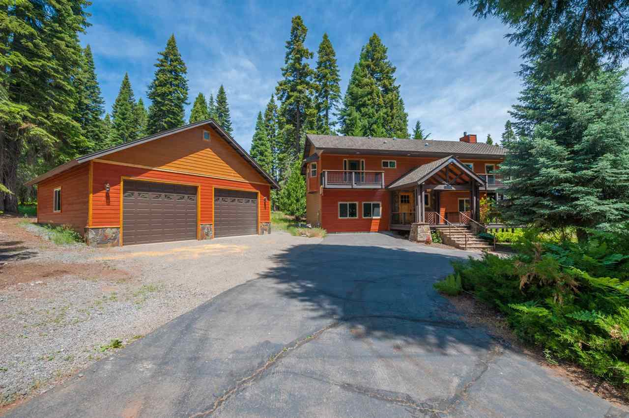 Single Family Home for Active at 1283 Peninsula Drive 1283 Peninsula Drive Lake Almanor, California 96137 United States