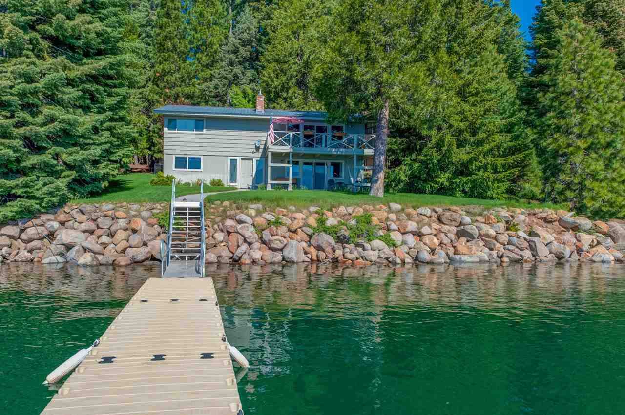 Single Family Homes for Active at 572 Peninsula Drive Lake Almanor, California 96137 United States