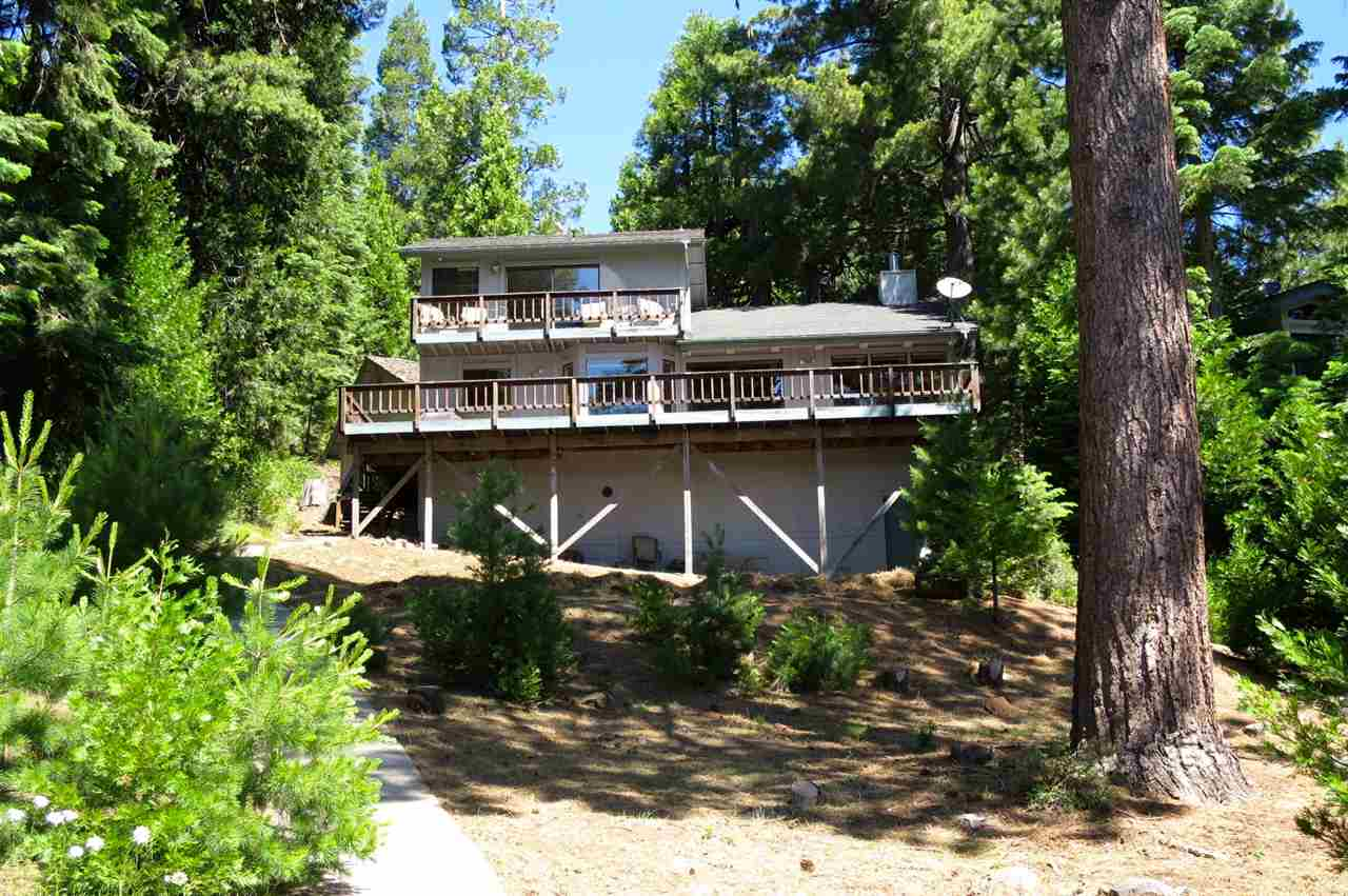 Single Family Home for Active at 644 Peninsula Drive 644 Peninsula Drive Lake Almanor, California 96137 United States