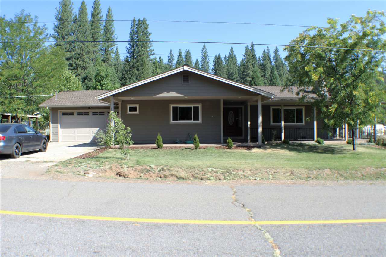 Single Family Home for Active at 17495 Pioneer Road 17495 Pioneer Road Greenville, California 95947 United States