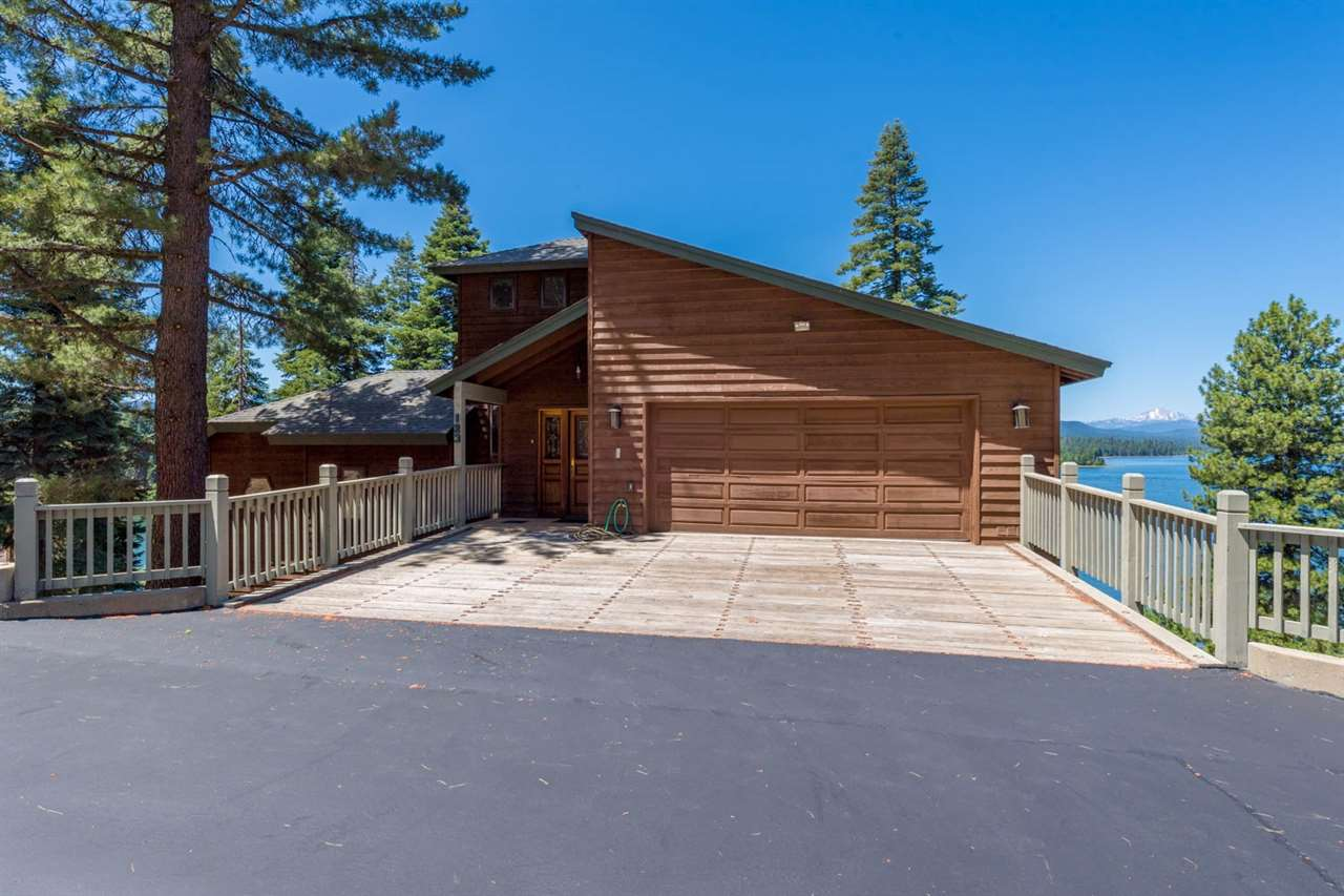 Single Family Homes for Active at 123 Lake Almanor West Drive Chester, California 96020 United States