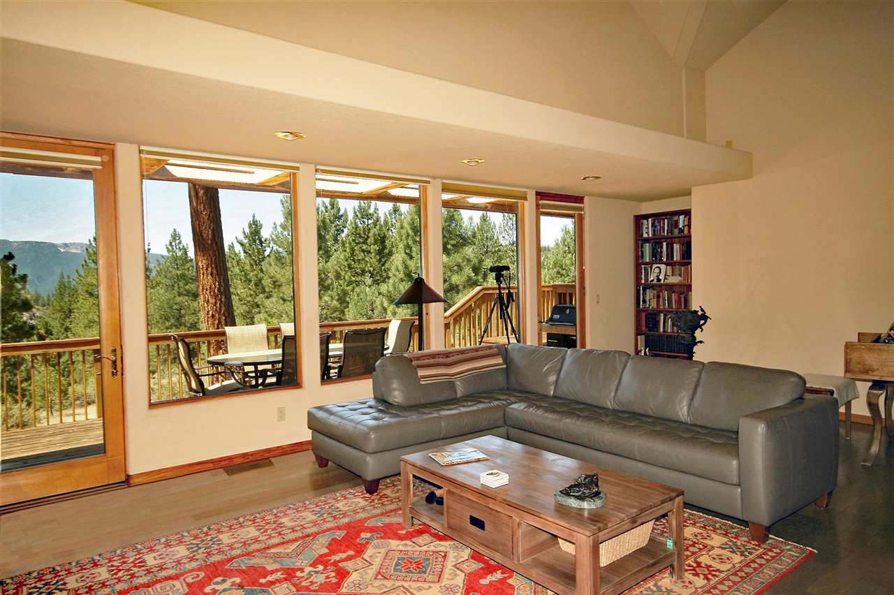 Additional photo for property listing at 289 Windsong Clio, California 96106 United States