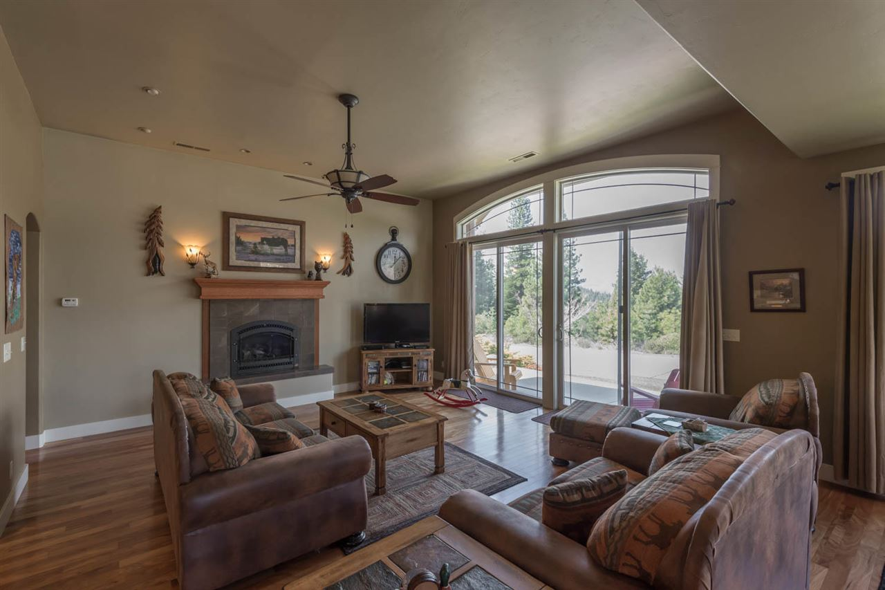 Additional photo for property listing at 2 Creekhaven Drive Lake Almanor, California 96137 United States