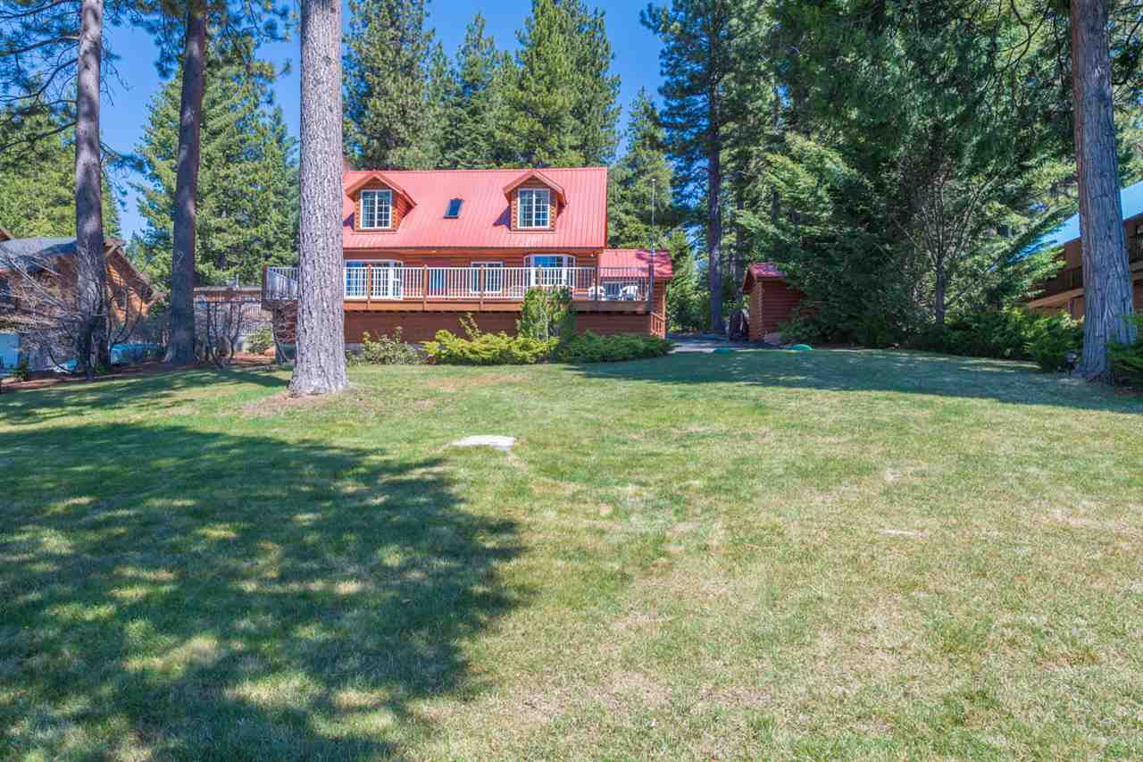 single family homes for Active at 140 Peninsula Drive Lake Almanor, California 96137 United States