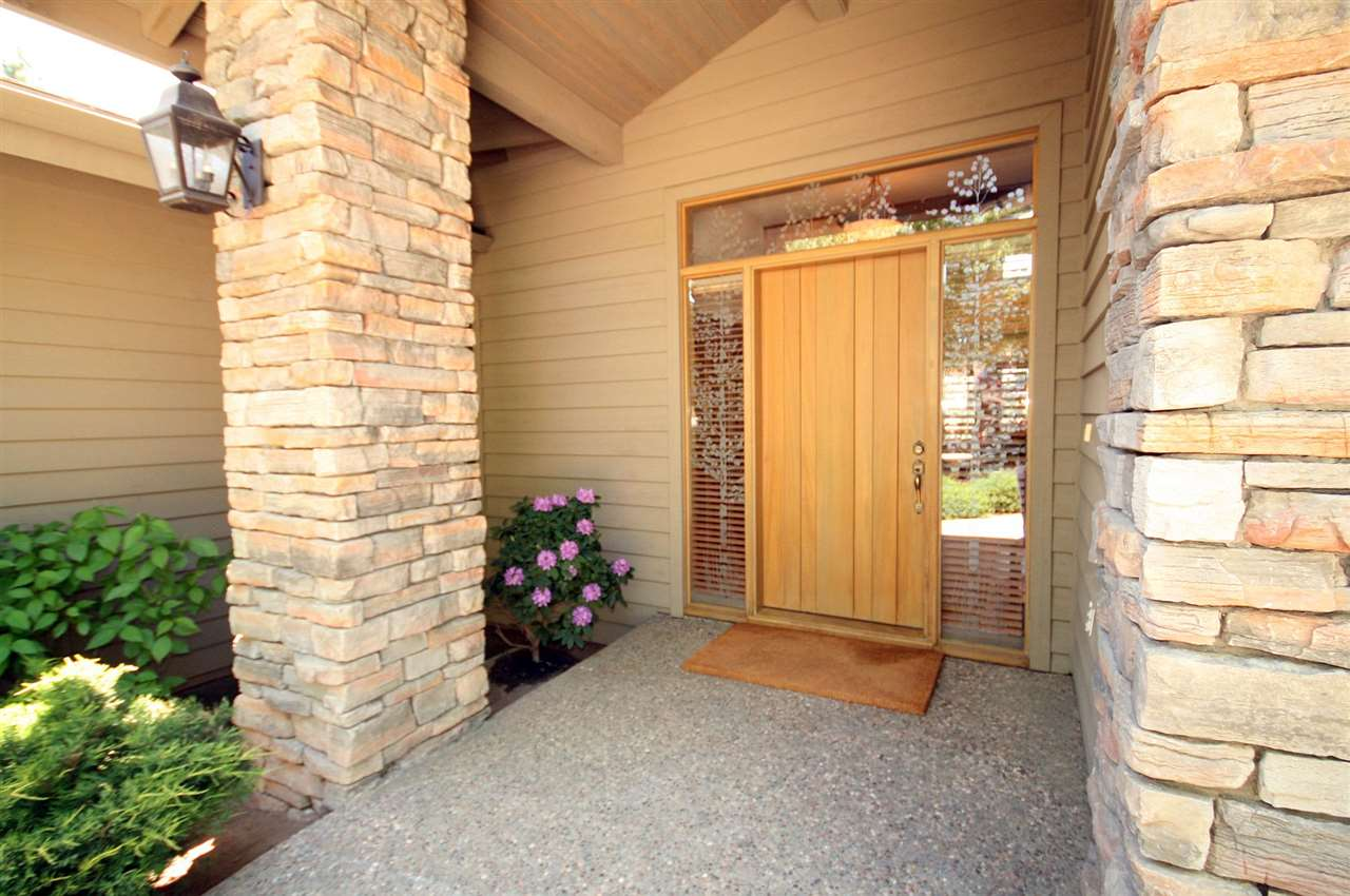 Additional photo for property listing at 878 Deer Trail Clio, California 96106 United States