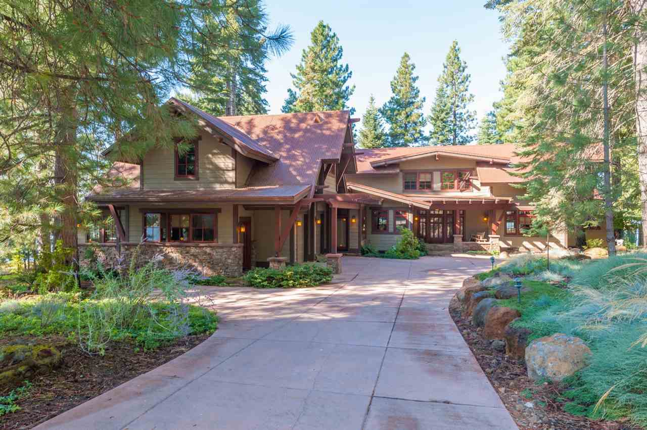 Single Family Homes 为 销售 在 1229 Driftwood Cove Road Lake Almanor, 加利福尼亚州 96137 美国