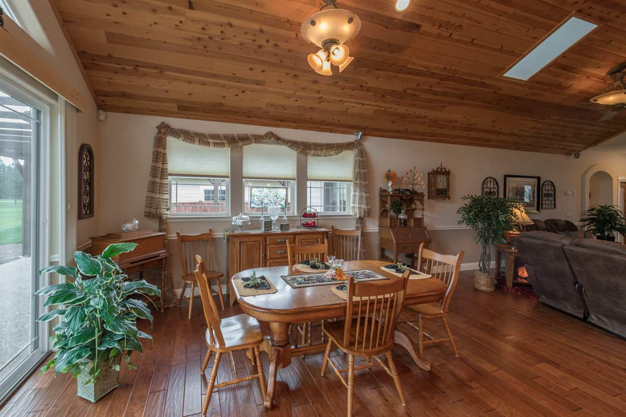 Additional photo for property listing at 19 Creekhaven Drive Lake Almanor, 加利福尼亚州 96137 美国