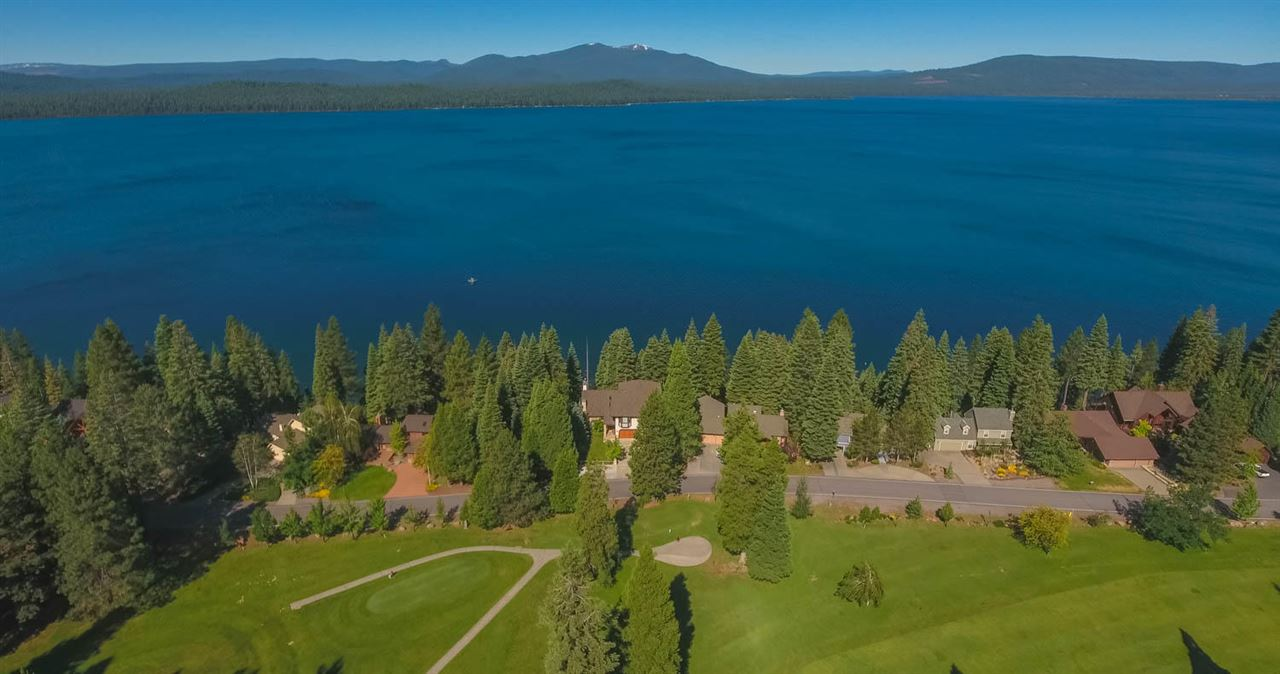 Single Family Homes for Active at 925 Lassen View Drive Lake Almanor, California 96137 United States