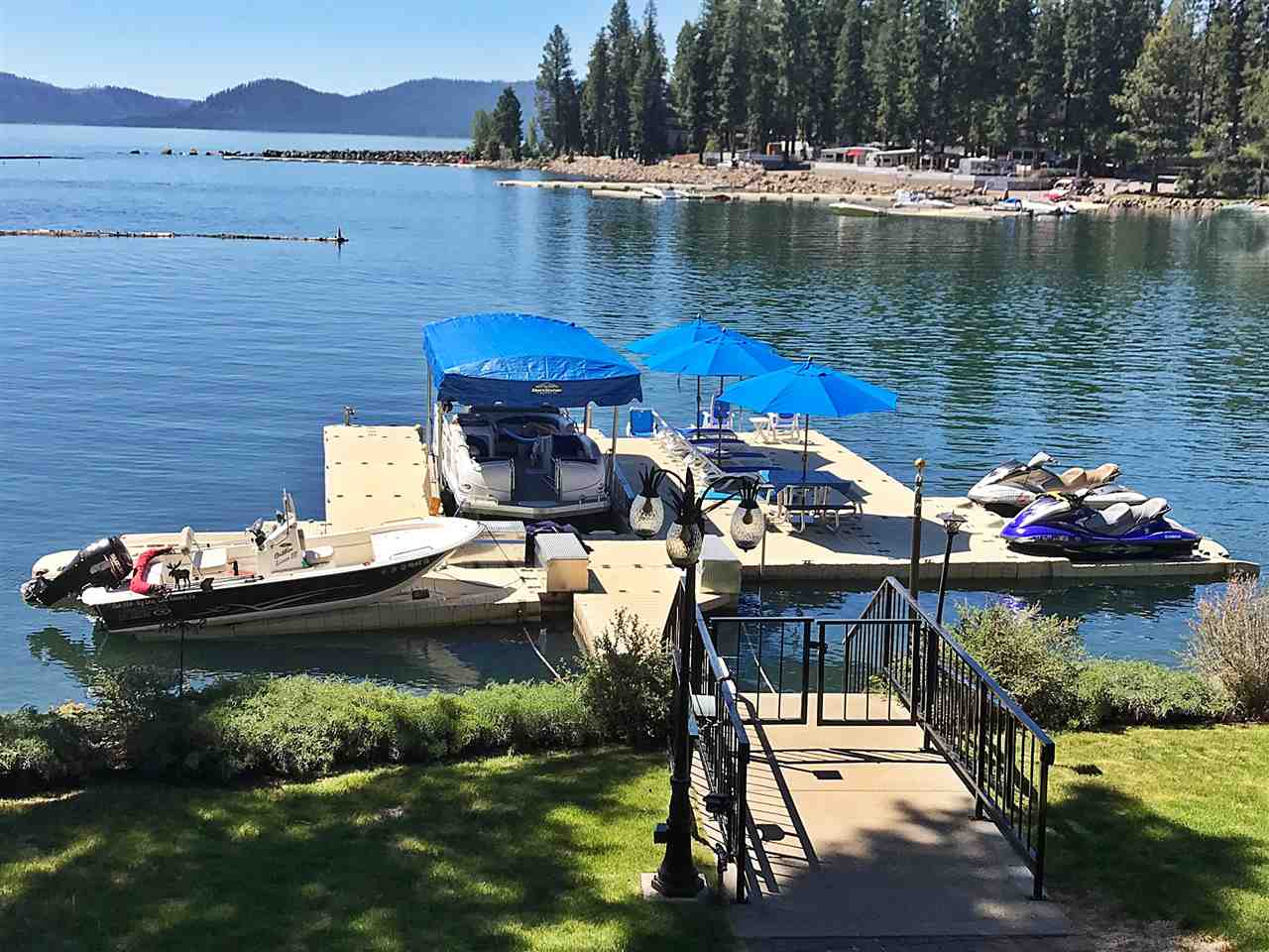 Additional photo for property listing at 304 Peninsula Drive Lake Almanor, California 96137 United States