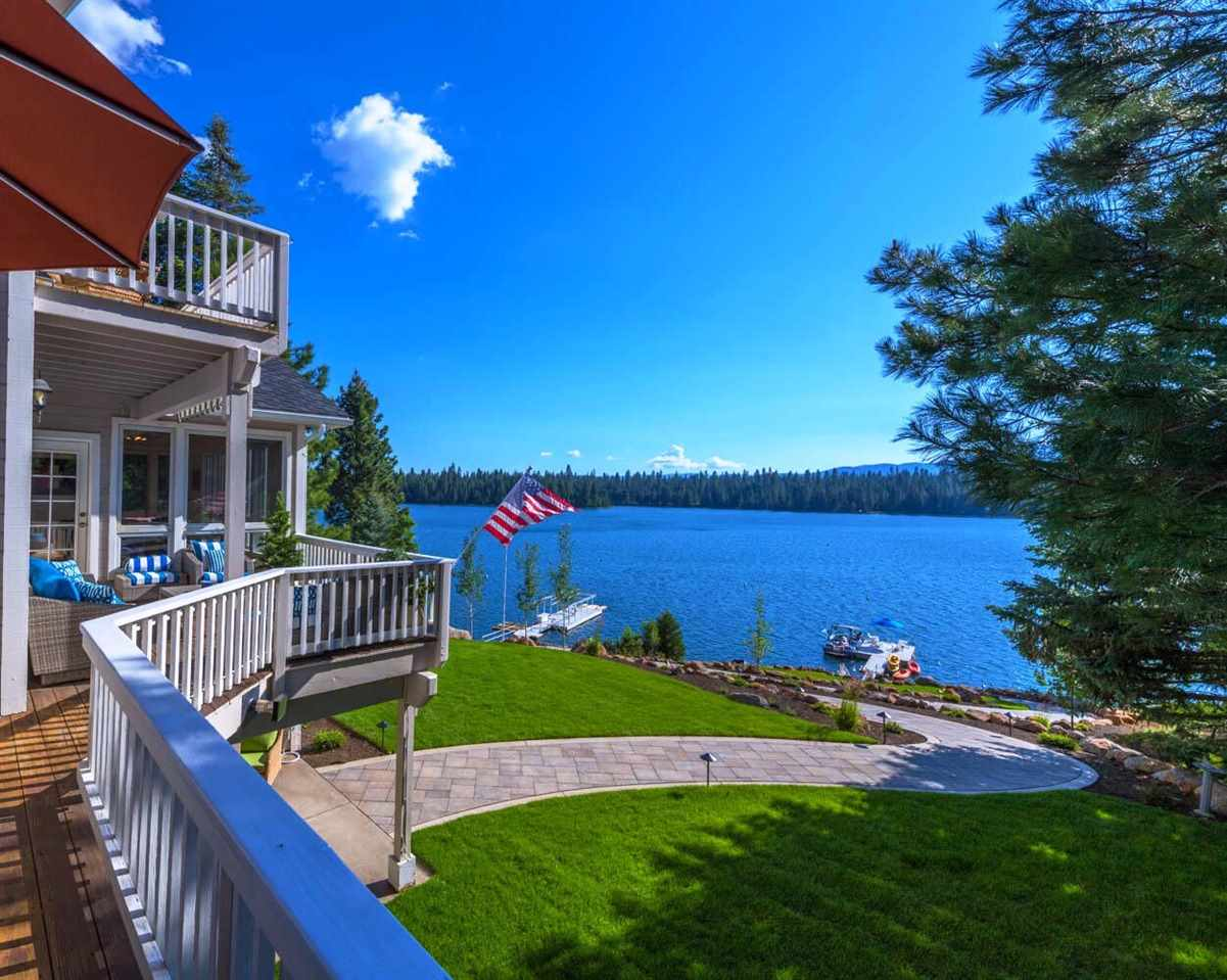 Single Family Homes for Active at 163 Lake Almanor West Drive Chester, California 96020 United States