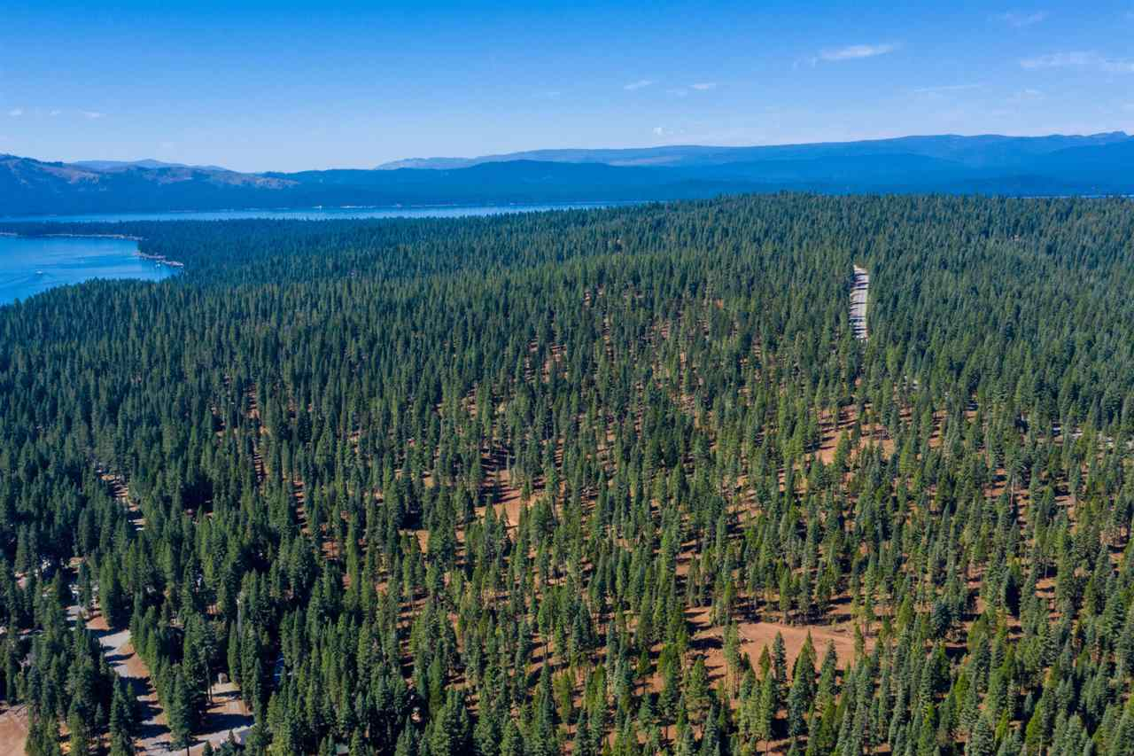 Superficie en Acres por un Venta en Clifford Drive Lake Almanor, California 96137 Estados Unidos