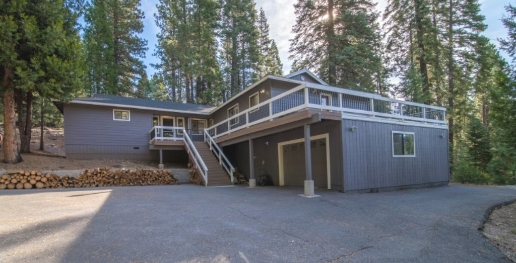 Single Family Homes for Active at 644 Cedar Canyon Road Lake Almanor, California 96137 United States
