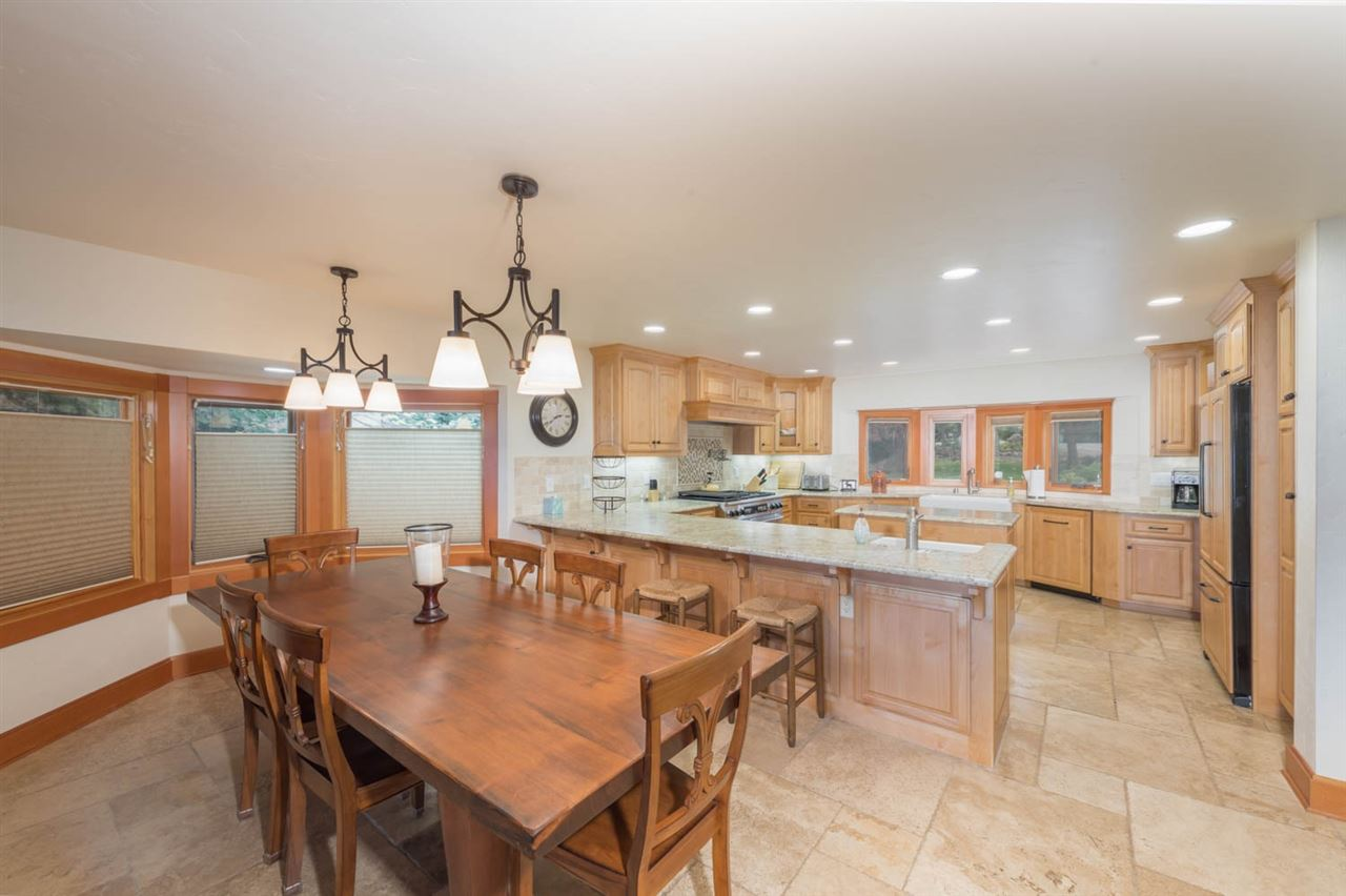 Additional photo for property listing at 187 Lake Almanor West Drive Chester, 加利福尼亚州 96020 美国