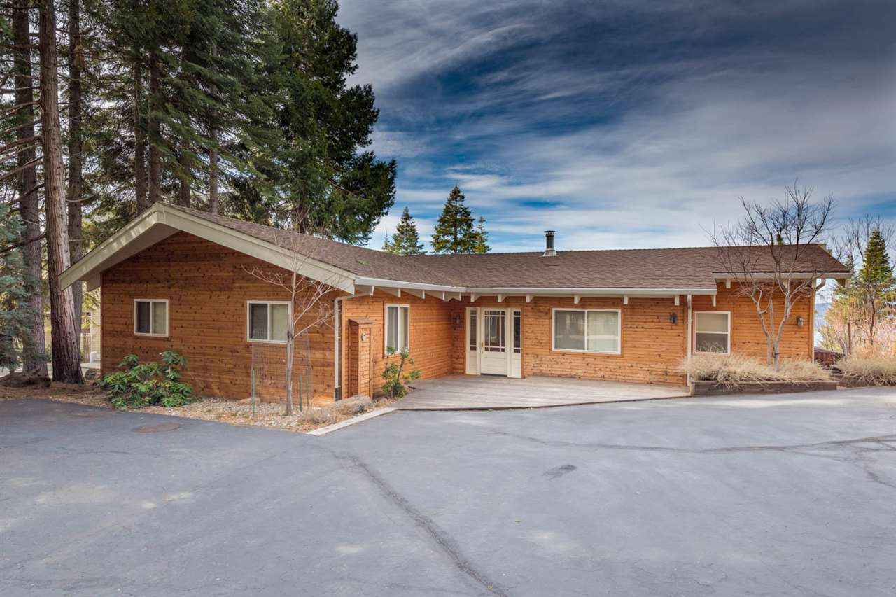 Single Family Homes por un Venta en 1207 Driftwood Cove Road Lake Almanor, California 96137 Estados Unidos