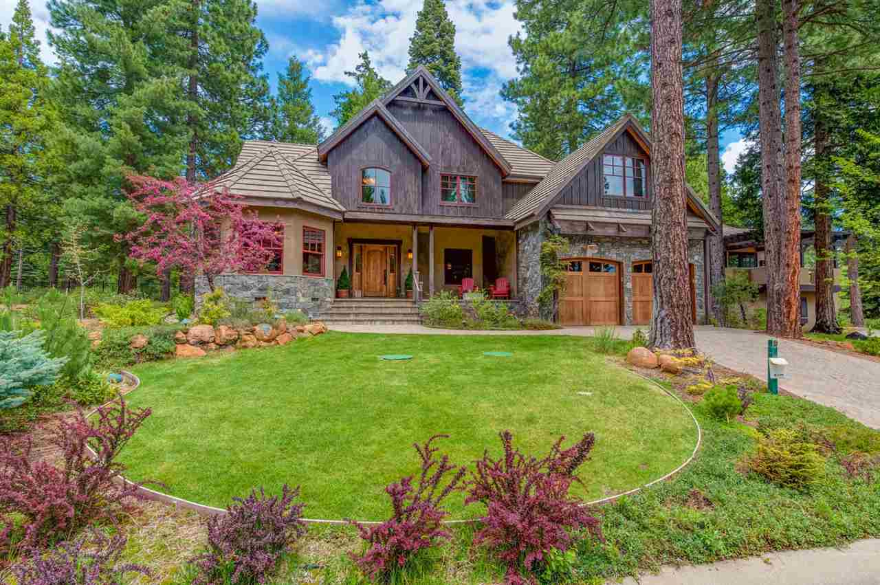 Single Family Homes por un Venta en 132 Foxglenn Drive Lake Almanor, California 96137 Estados Unidos