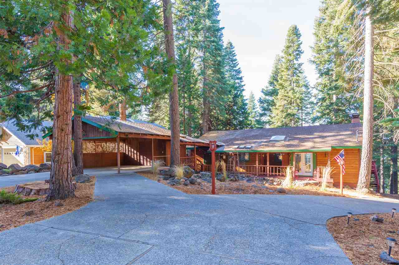 Single Family Homes for Active at 1107 Lassen View Drive Lake Almanor, California 96137 United States