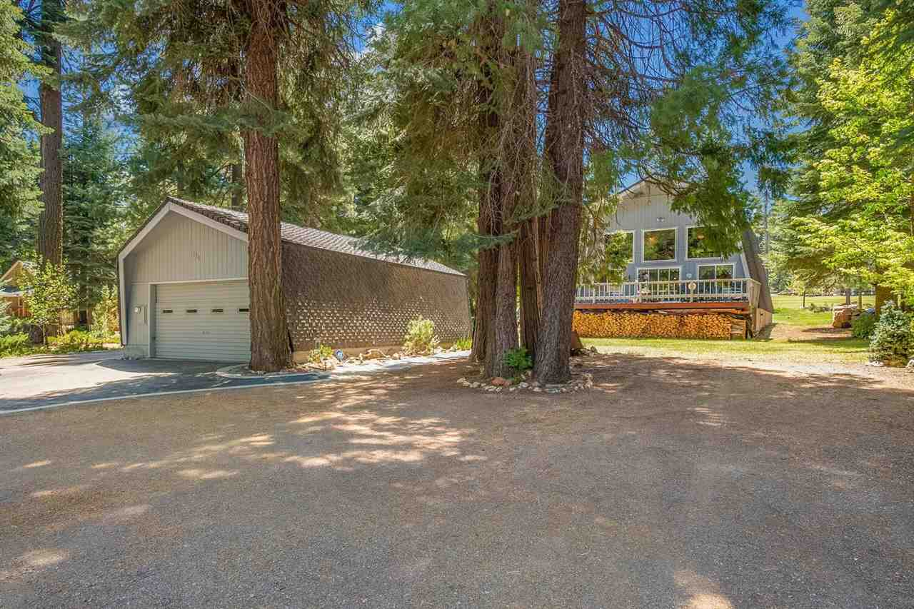 196 Lake Almanor West Drive, Lake Almanor West, CA 96020