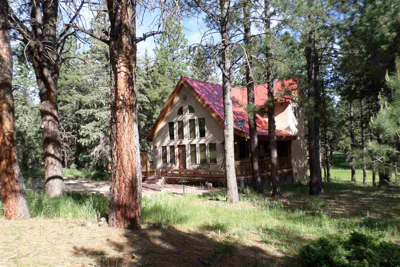 angel accommodations rooms fire hotel lodge lodging resort cabins