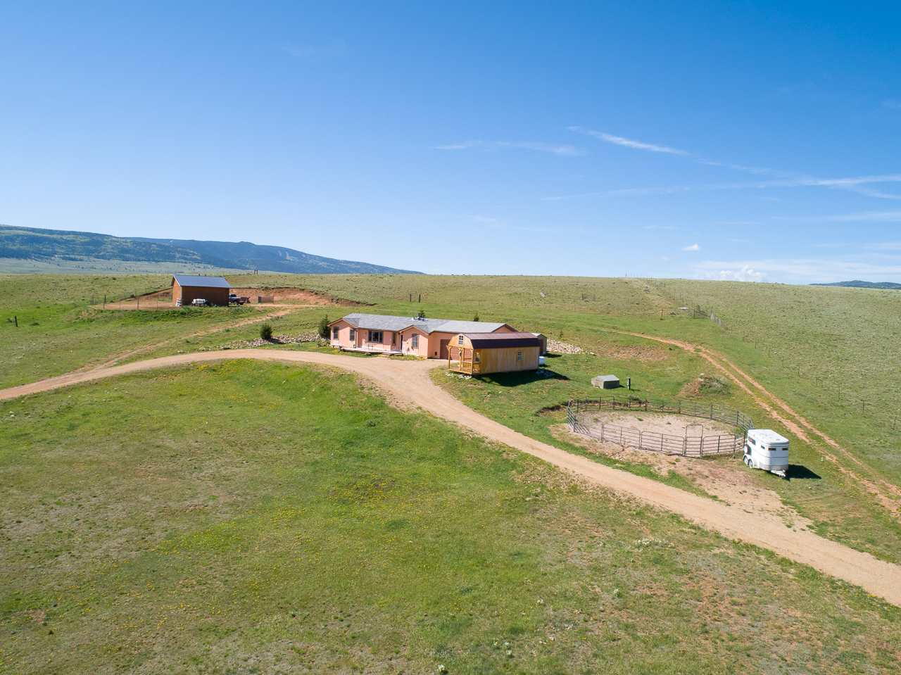 41 Snowflake Rd, Eagle Nest, NM 87718