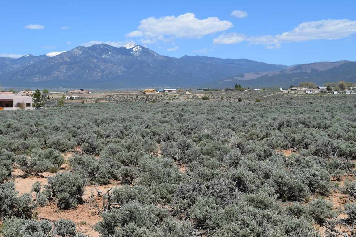 Camino Campana Lot 80C, Ranchos de Taos, NM 87557