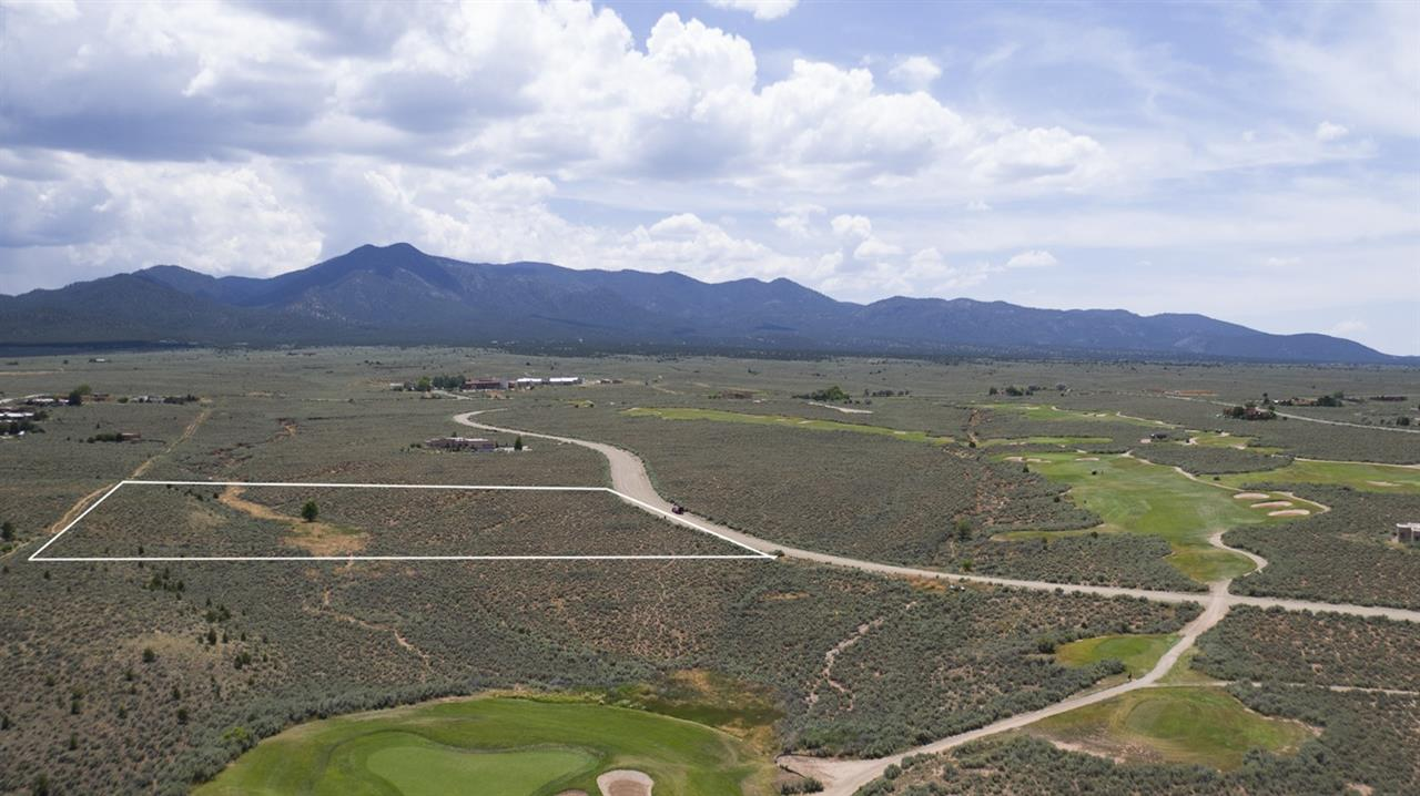 Lot 43 Taos County Club, Ranchos de Taos, NM 87557