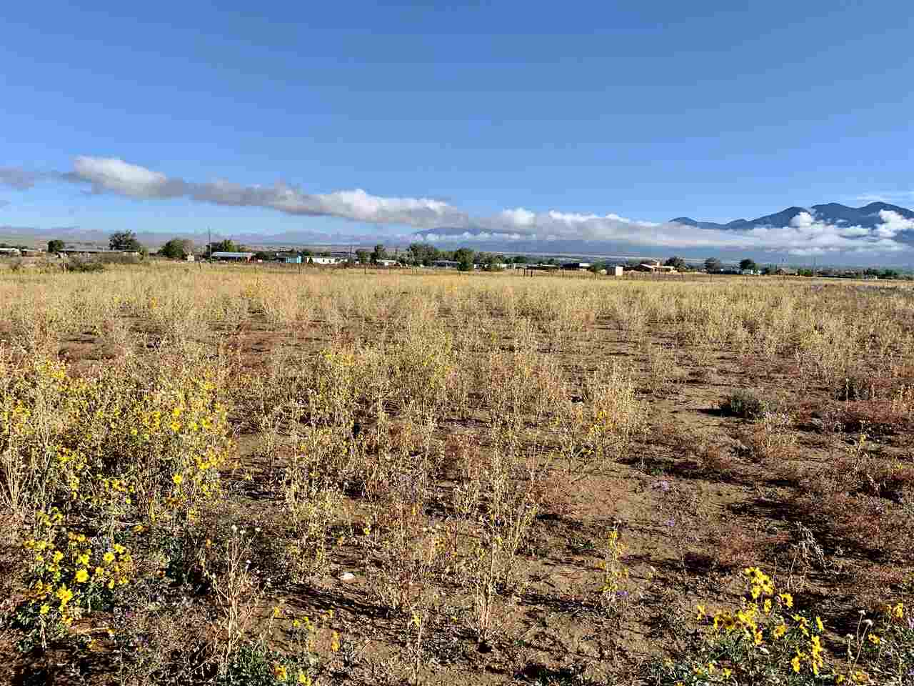 Tract D2 Off Highway 68, Ranchos de Taos, NM 87557